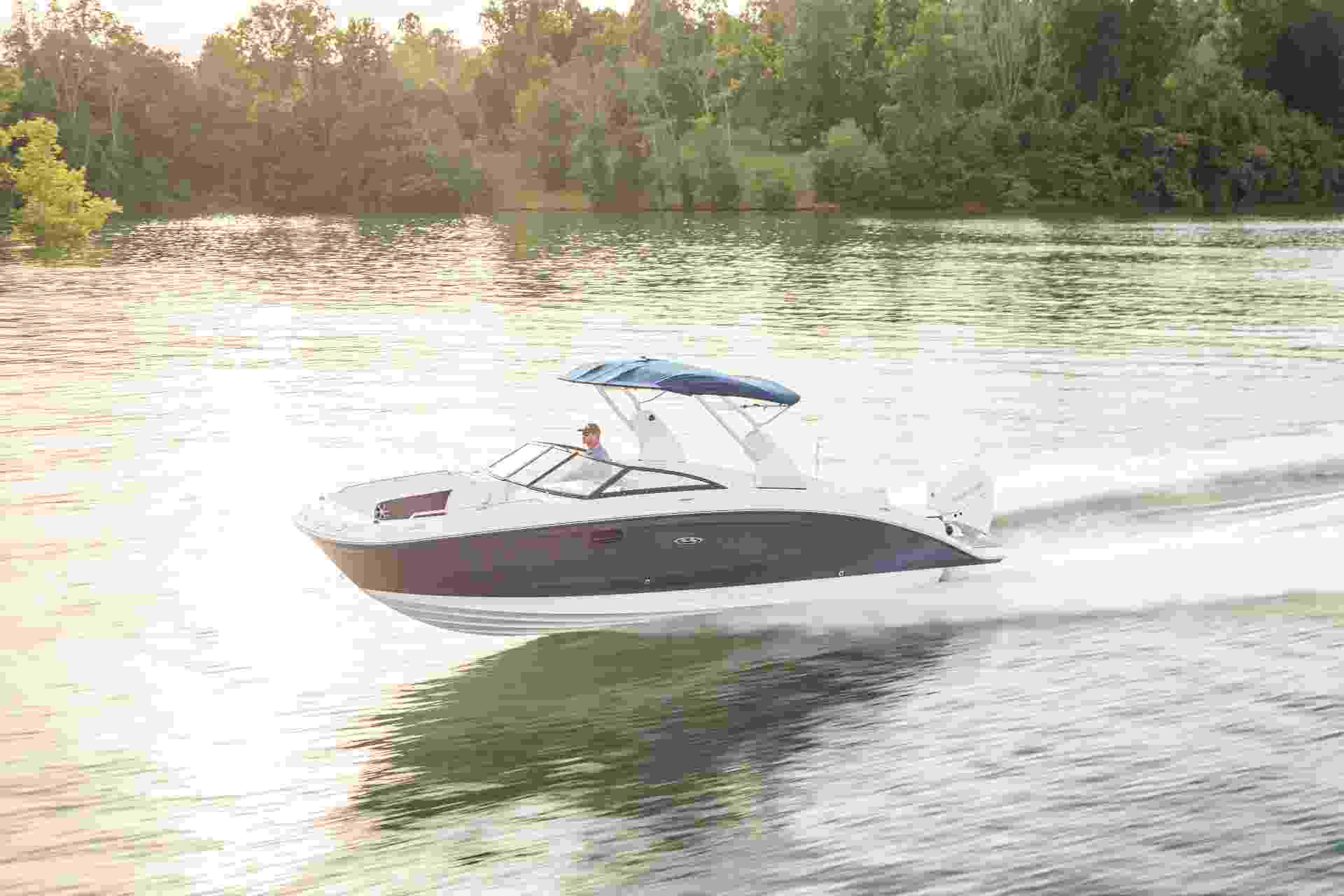 SDX 270 Outboard running port front three quarter